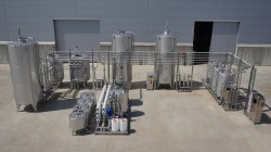 Ozonizers/Water treatment systems
